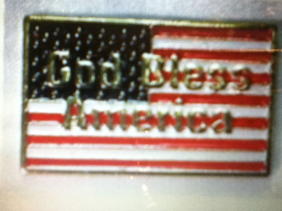 Patriotic God Bless America Flag Clutch Pins, Lot of 12 pc(s) Vintage Red