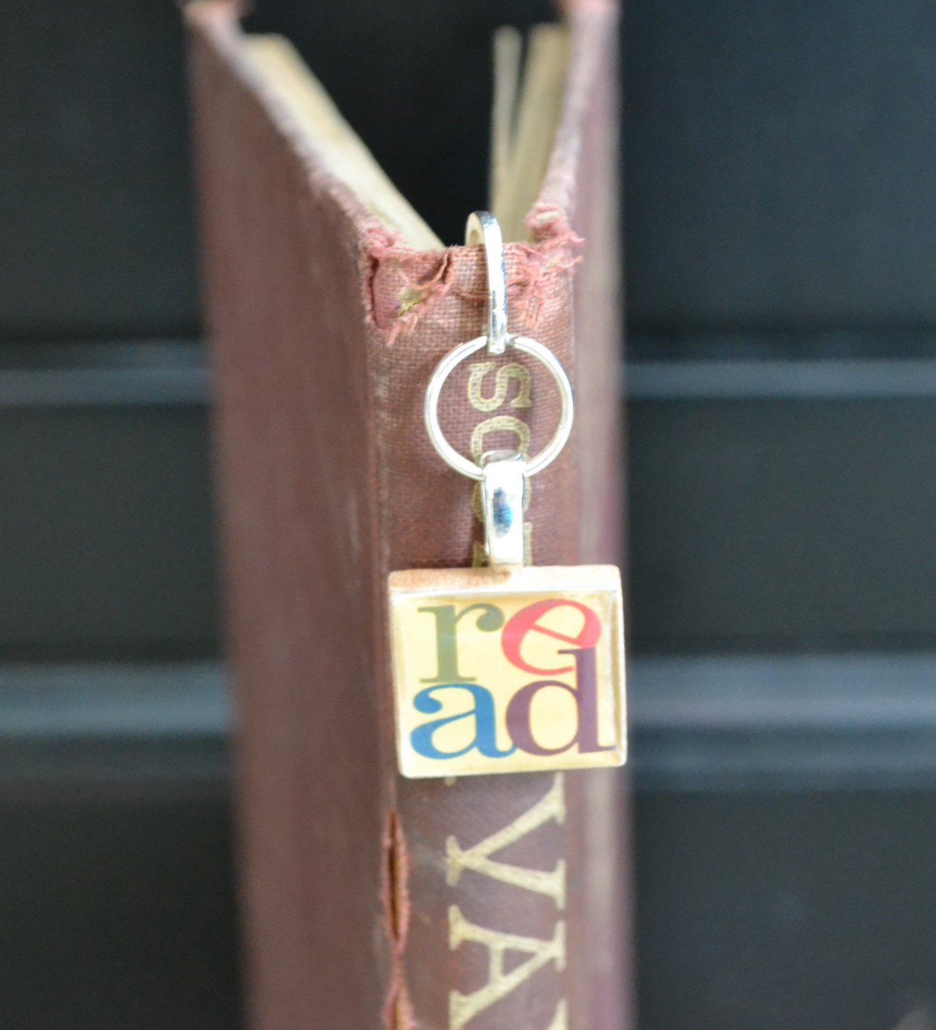�READ Scrabble Tile BOOKMARK Paperclip or Loop Style ANY Design~Custom Charm�
