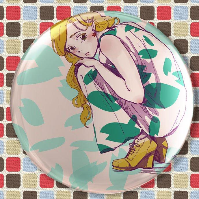 Round hand mirror (girl in maxidress1)
