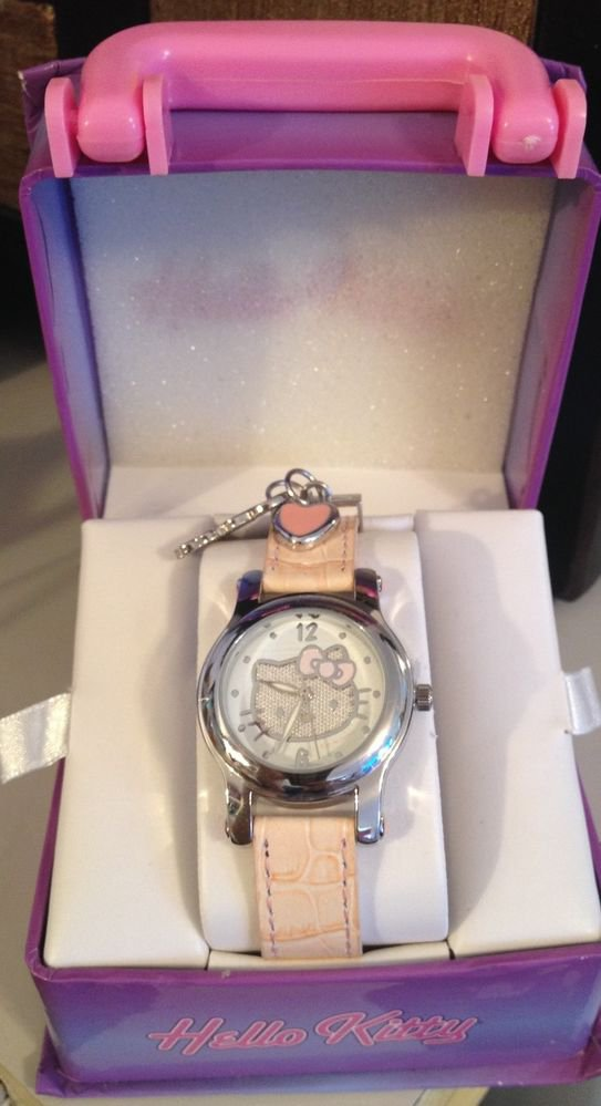 """MAMA SUES ""NEW HELLO KITTY CHARM WATCH- IN GIFT BOX"