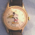 """MAMA SUES "" MICKEY LOVES MINNEY WATCH-WORKING- NEW BATTERY"