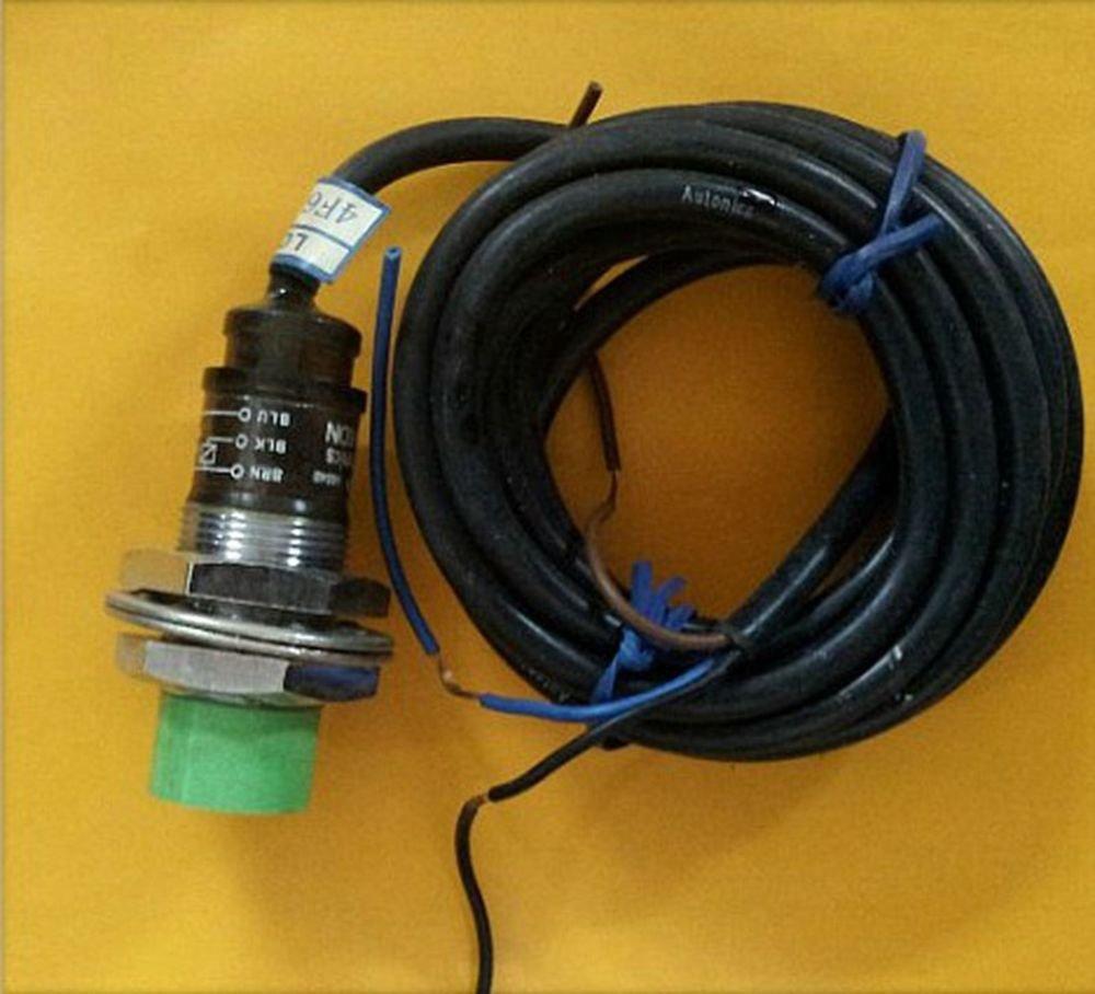 Proximity Switch Sensor PR18-8DN Submerged DC 3-Wire NPN NO 18*18*1mm(Rail)