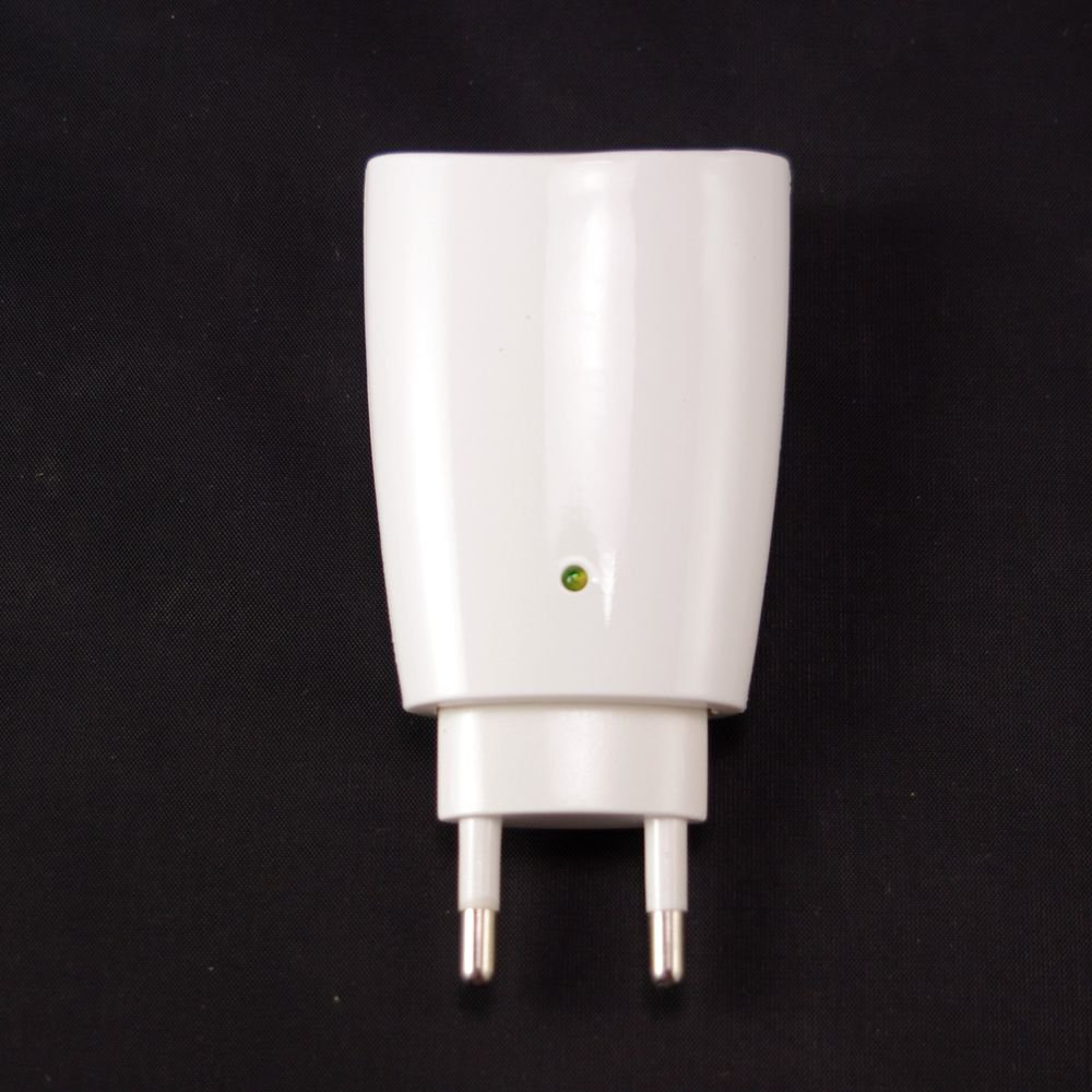 220V 1W 1.5million/cm³ Mini Improve Sleep Anion Plus Oxygen Air Purifier Wall
