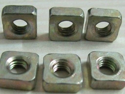 100pcs Zinc Plated Steel Metric M4 x 7mm x 2mm Square Nuts