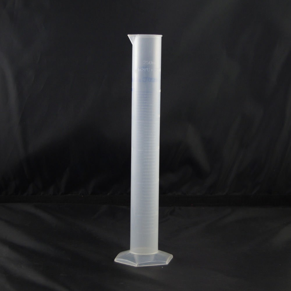 Graduated Cylinder Plastic 250ml Hex Base white&blue scale