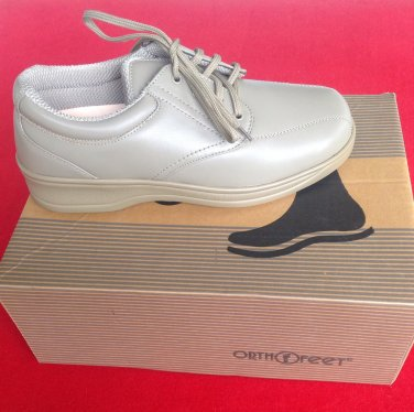 Women's Orthofeet taupe Oxford shoes size 8