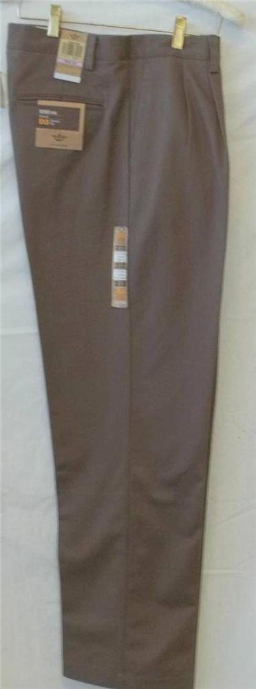 NEW 32W X 32L Dockers Refined Khaki Light Brown Classic Fit D3 Pleated Pants