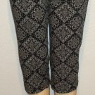 BW Sport 10P Petite Medium PM Black White Paisley Cotton Capri Cropped Pants
