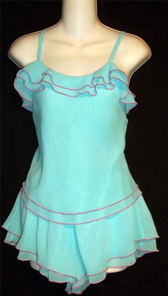 S 4 6 Mystique Intimates Aqua Blue Hot Pink Ruffled 2 Piece Top Shorts Sleepwear