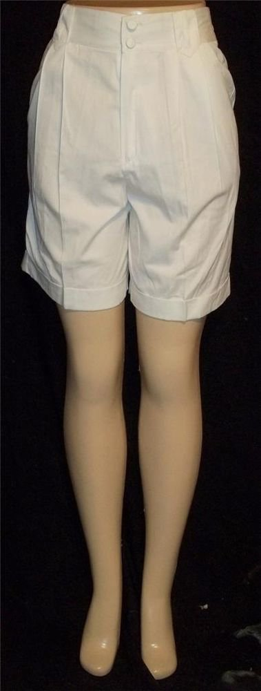 P4 Small PS Petite Sophisticate White Knee Length Golf Walking Shorts Cuffs