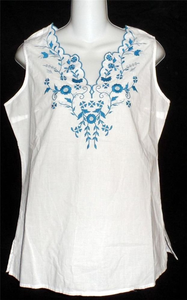 NEW Fashion Bug  Small S 4 6 White Sleeveless Top Blue Embroidered Floral Blouse