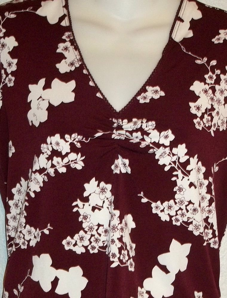 Old Navy Stretch Medium 8 10 Maroon White Floral Print V Neck Ruched Blouse