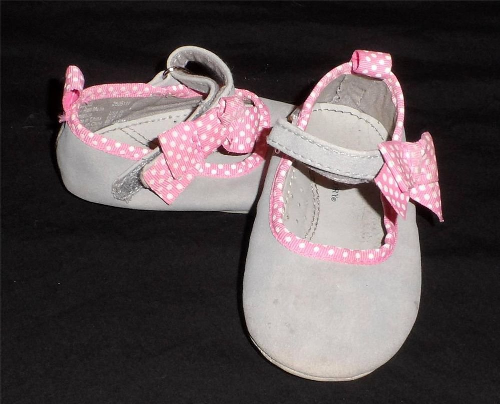 Faded Glory Size 4 Gray Suede Feel Pink White Polka Dot Trim Girls Baby Shoes
