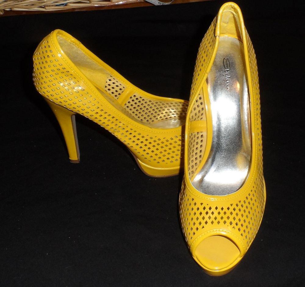 "Styluxe 10 B Medium EUR 42 Bright Yellow Cutout Platform 4-1/2"" Heels Peep Toe"