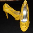 "Styluxe 10 B Medium EUR 42 Bright Yellow Cutout Platform 4-1/2"" Heels Peep Toe"