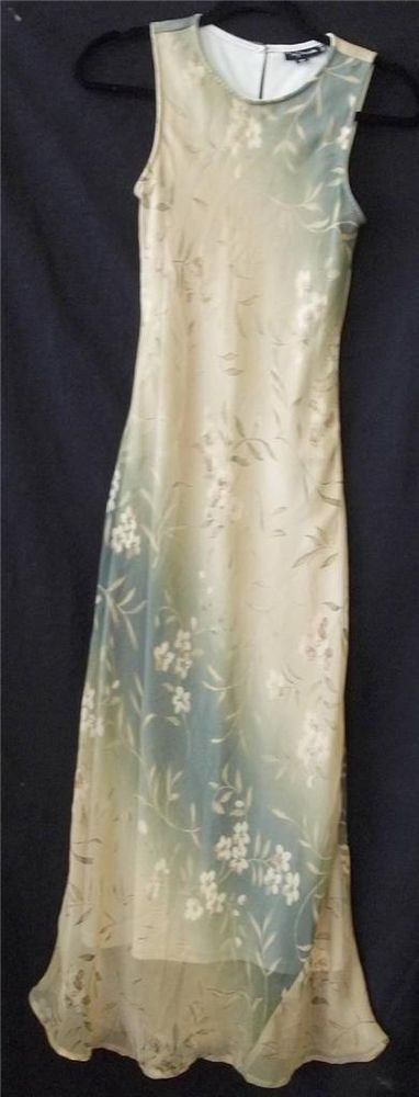 My Michelle Junior 3 4 Small Gold Tan Olive Floral Sleeveless Floor Length Dress
