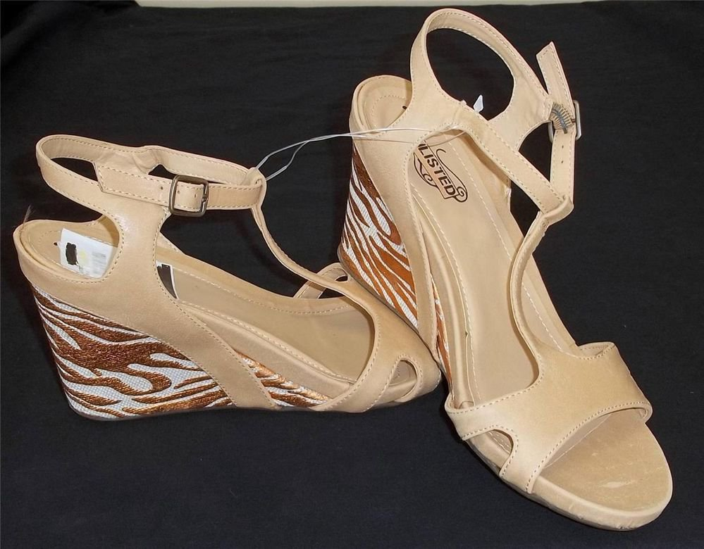 """Unlisted Kenneth Cole 8-1/2 M B Ankle Camel Copper T-Strap  3"""" Wedge Heel Shoes"""