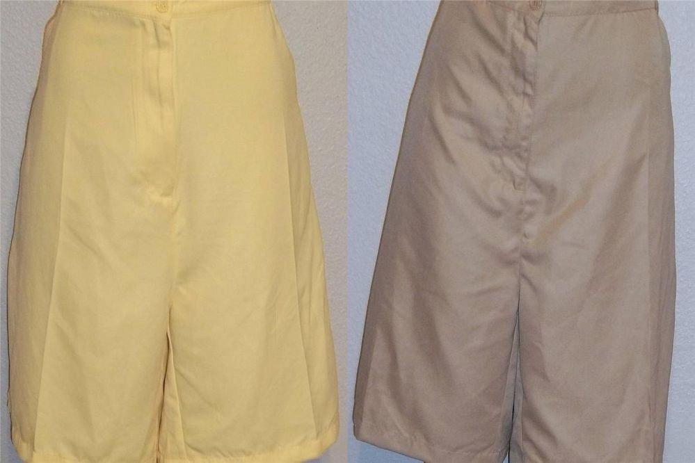 NEW Allyson Whitmore Woman 20W Tan or 24W  Yellow Golf Shorts Plus Tee Holder