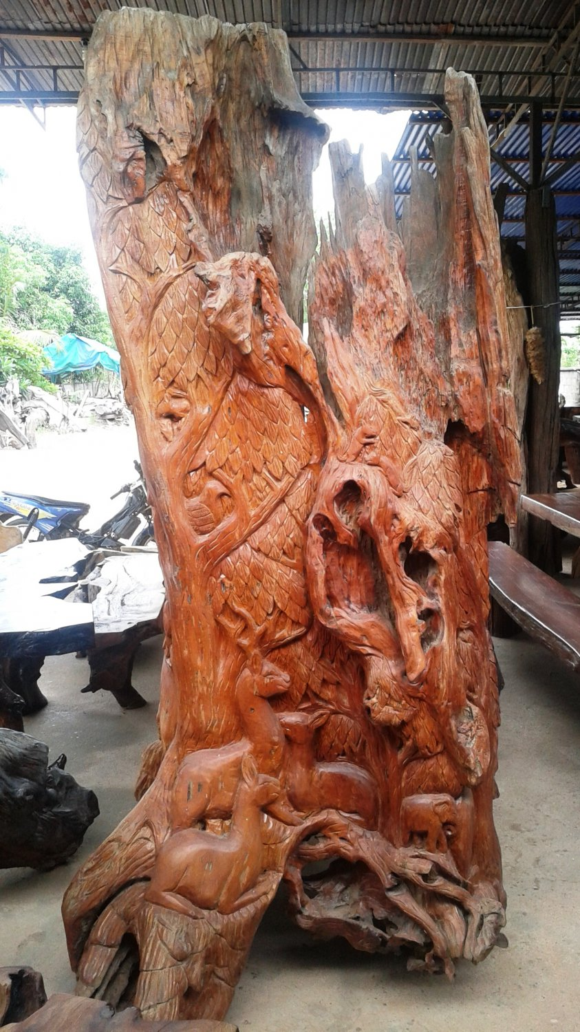 Stump carving