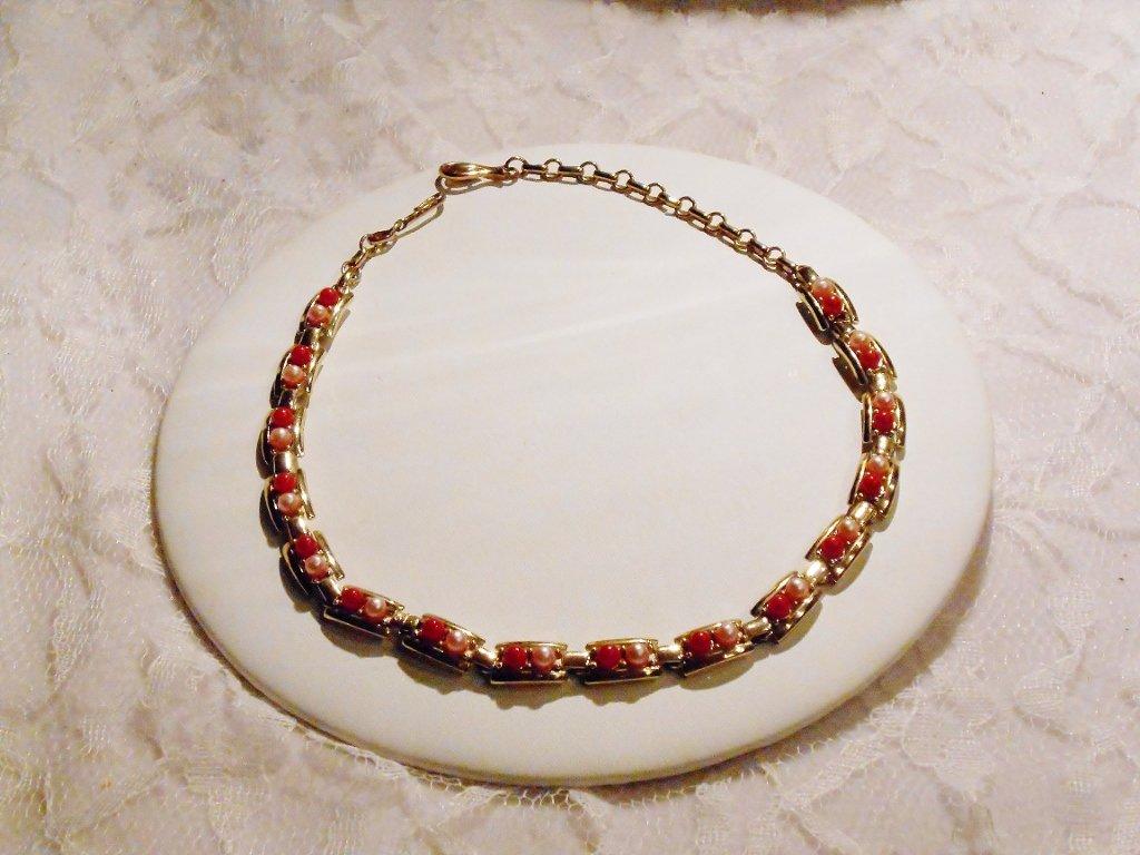Pretty Pinks Faux Pearl Coro Necklace