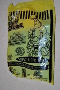 Super Block House New Unopened 2001 Pizza Hut Play Stuff 3+