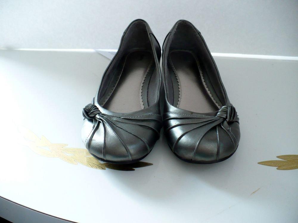 Flat Heel Gray/Grey Shoe Size 6 M