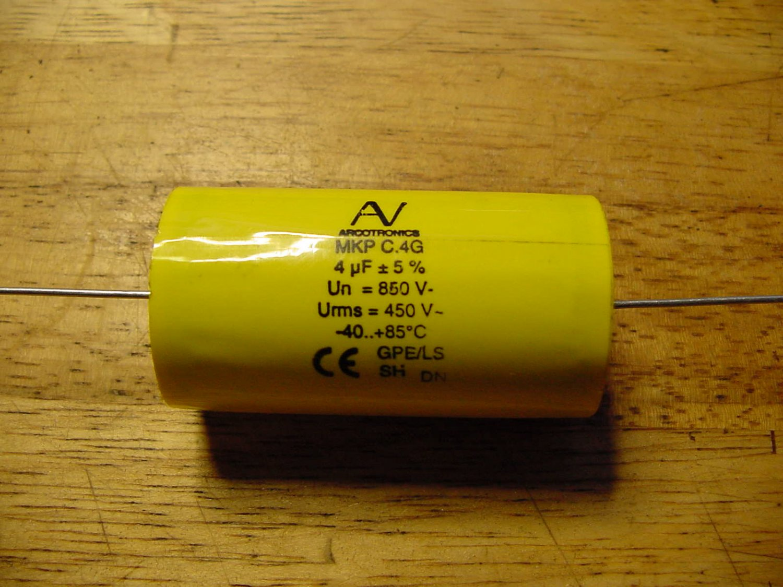 4uF 850V MKP HQ C4 arcotronics 4pcs capacitors