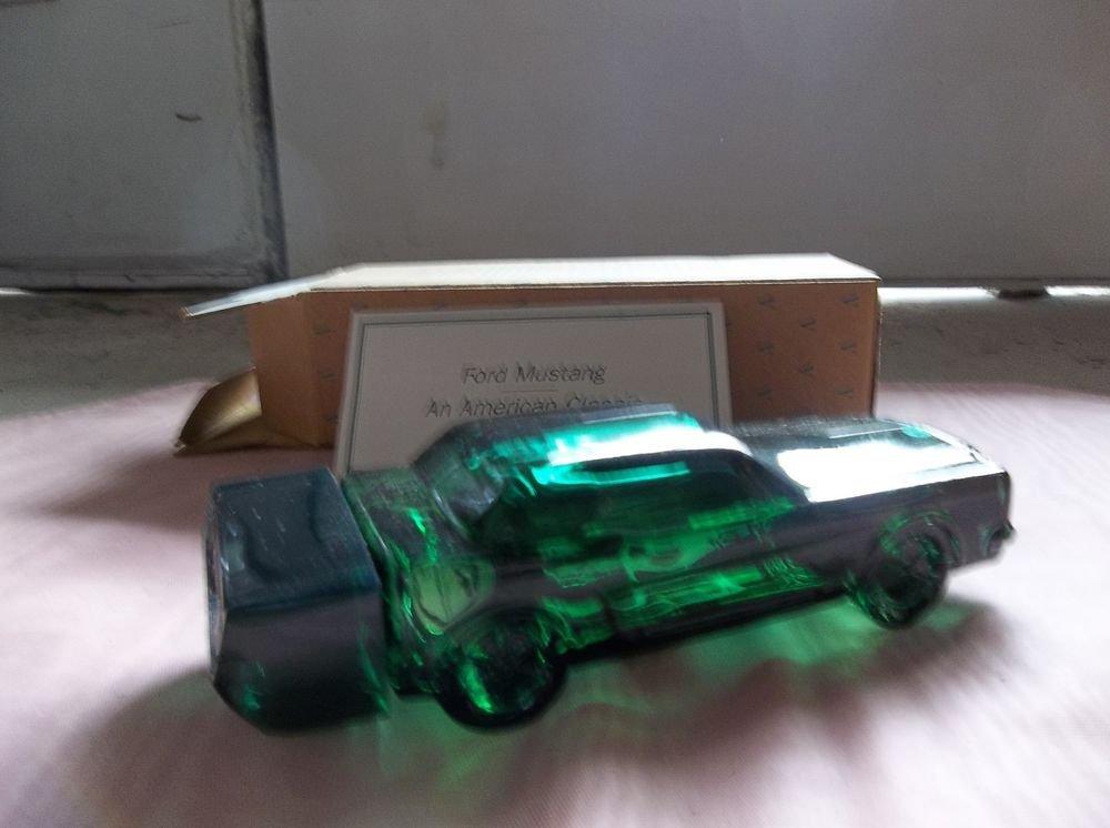 Avon 1964 1/2 Mustang Decanter, full bottle in box, 1994