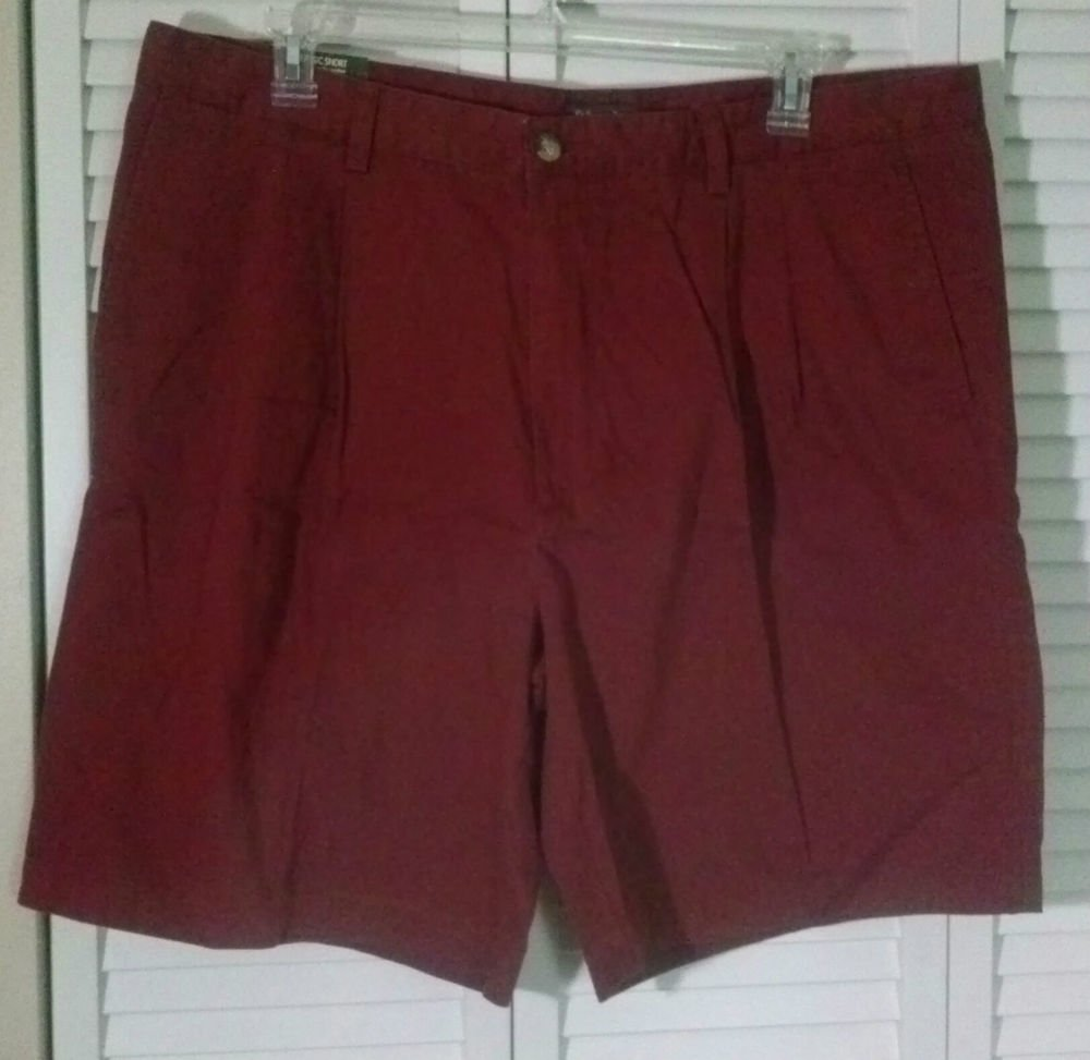 Mens 44 St. John's Bay Classic Shorts Durango Red Double Pleat Soft Cotton Twill