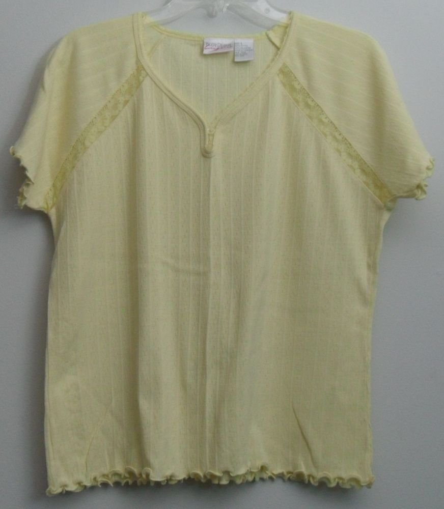 Body Drama Lingerie Yellow Lace Trim & Inset 2 Button VNeck Scalloped Pajama Top