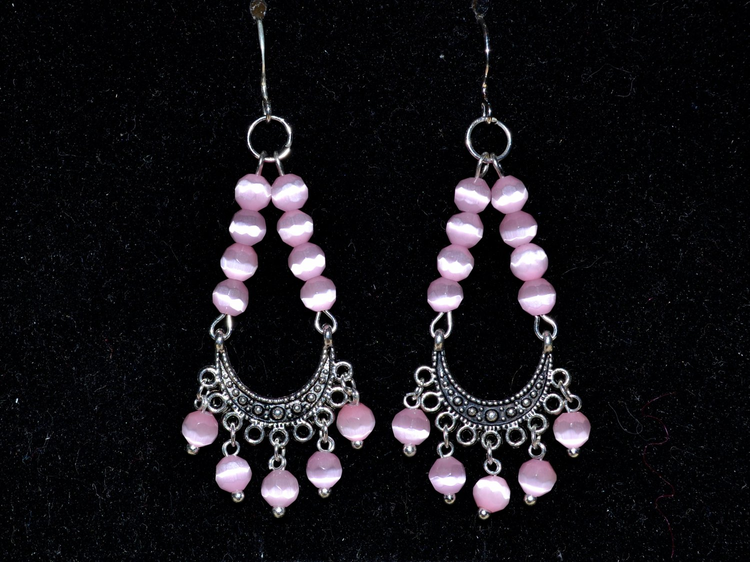 Earrings with cat's-eye and silver earwires