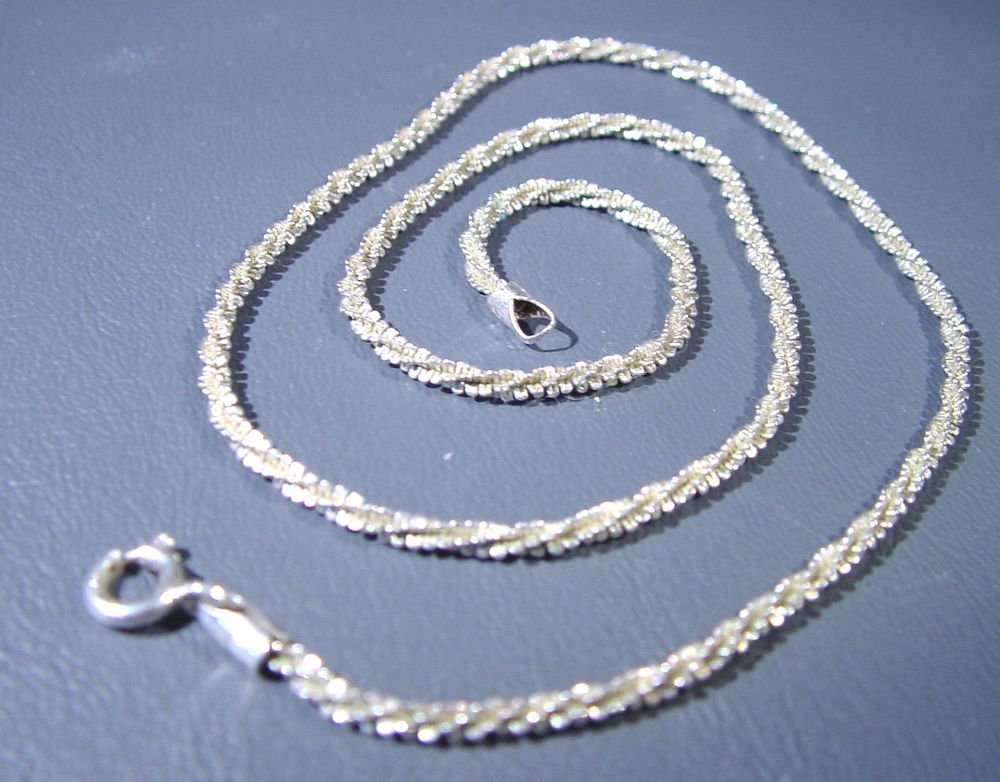 """Sterling Silver Necklace 5.3 grams 16"""" long   Marked 925 Italy"""