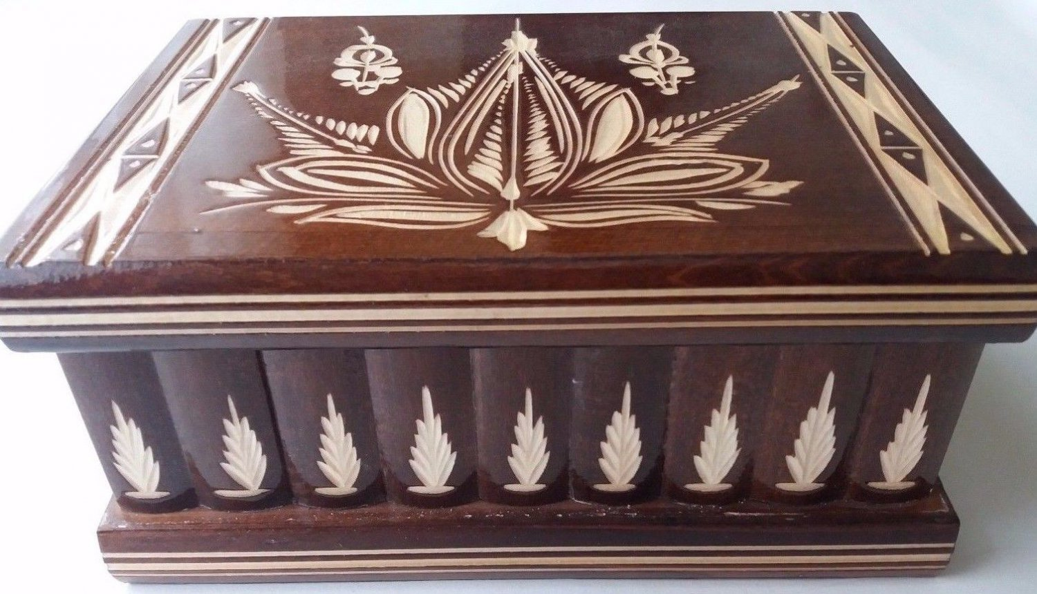 New big huge brown wooden jewelry magic puzzle box adventure hunting treasure
