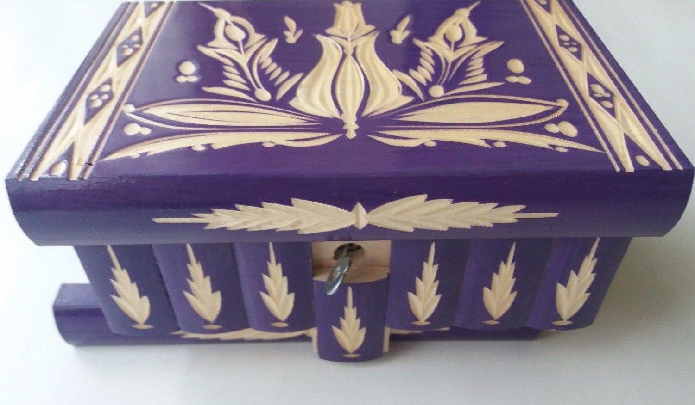New violett purple handmade wooden wizard jewelry puzzle magic box brain teaser