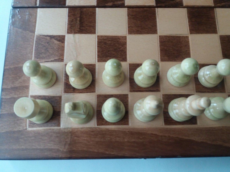 New handcraft chess, hazel wood chess piece,32x32cm chessboard box,wooden chess