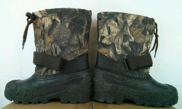Ozark Traill Boys Camouflage Camo Green Boots Velcro Size 1