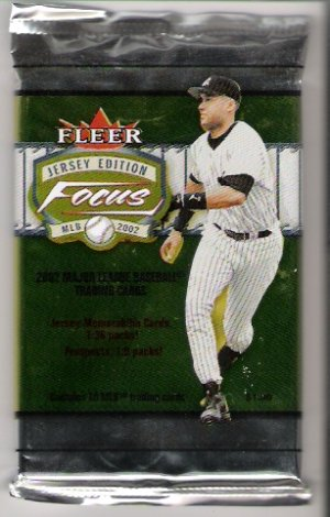 2002 Fleer Focus Jersey Edition Baseball Pack