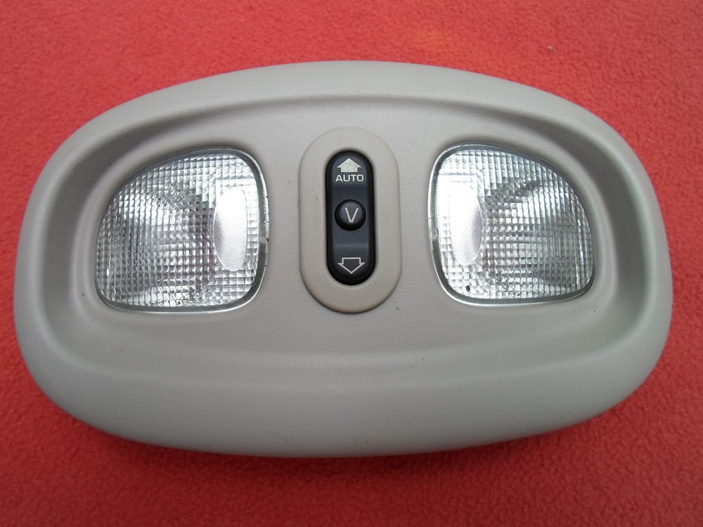 2002 2003 2004 2006 Jeep Liberty Overhead Dome Light Oem Free Shipping A5