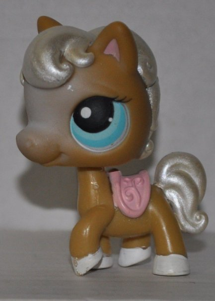 Littlest Pet Shop #124 - Tan Horse Pearl Mane and Tail, Blue Eyes & Pink Saddle
