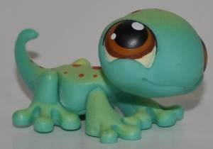 Littlest Pet Shop #111 Green Gecko Spots Brown Eyes LPS Hasbro