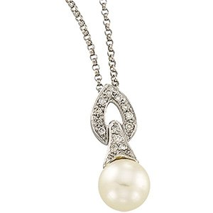 14kt White Gold Freshwater Cultured Pearl & Diamond Necklace