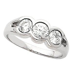 14kt Yellow Gold Three Stone Diamond Anniversary Band Ring