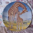 KNOWLES A Kiss For Mother Giraffe Decor Plate 1981