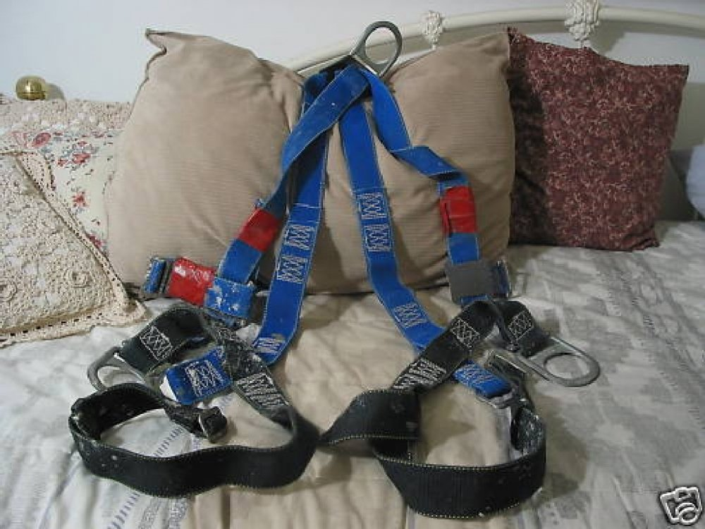 UNBRANDED Safety Fall Harness Blue 3 Ring Sz. M Used