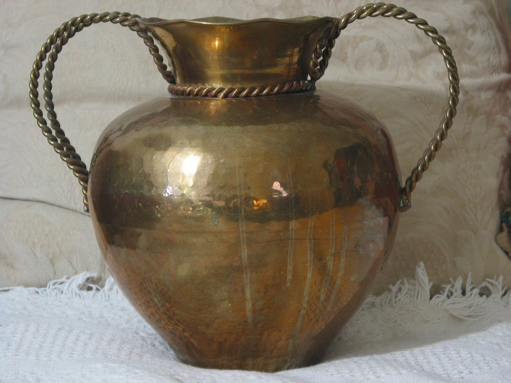 BRASS POT BELLY Type Decorative Flower Vase