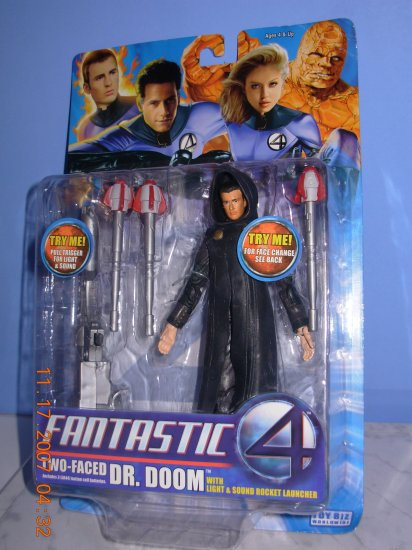 Fantastic Four Two Face Dr. Doom With Light and Sound New