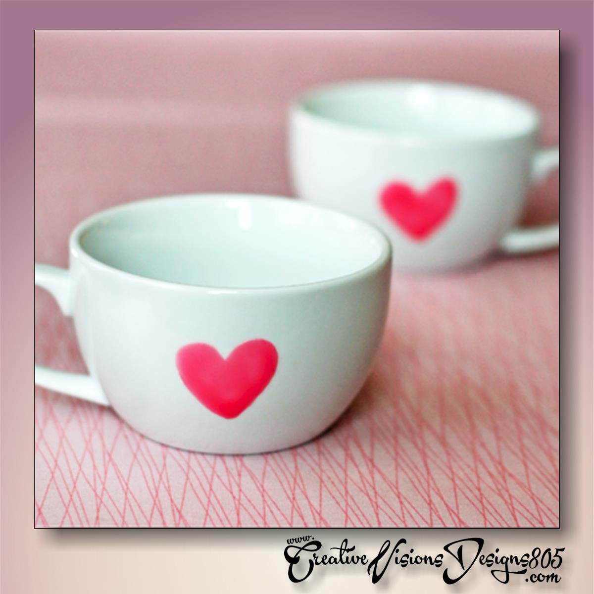SINGLE HEART - hand decorated coffee mug