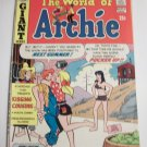 Item picture 	 Archie Giant Series Magazine #213 Bronze Archie Comic