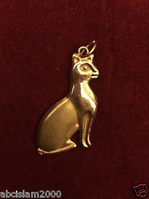 Egyptian Hall Marked 18 Karat Gold pendant, Egypt Pharao's Statue , Bastet