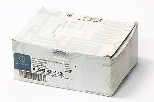 Brake Pad Set genuine Mercedes Benz W204 S204 E CLASS A207 C207 X204 0054204920